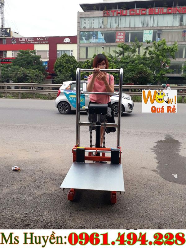 Xe nâng tay cao 400 kg 1m1