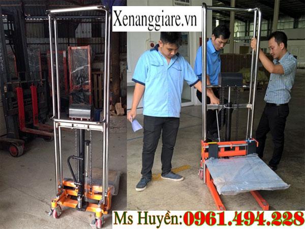 xe nâng tay cao 400 kg nâng 1m1